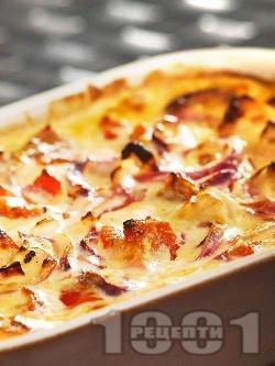 Печено пилешко филе с печени червени чушки на фурна - снимка на рецептата